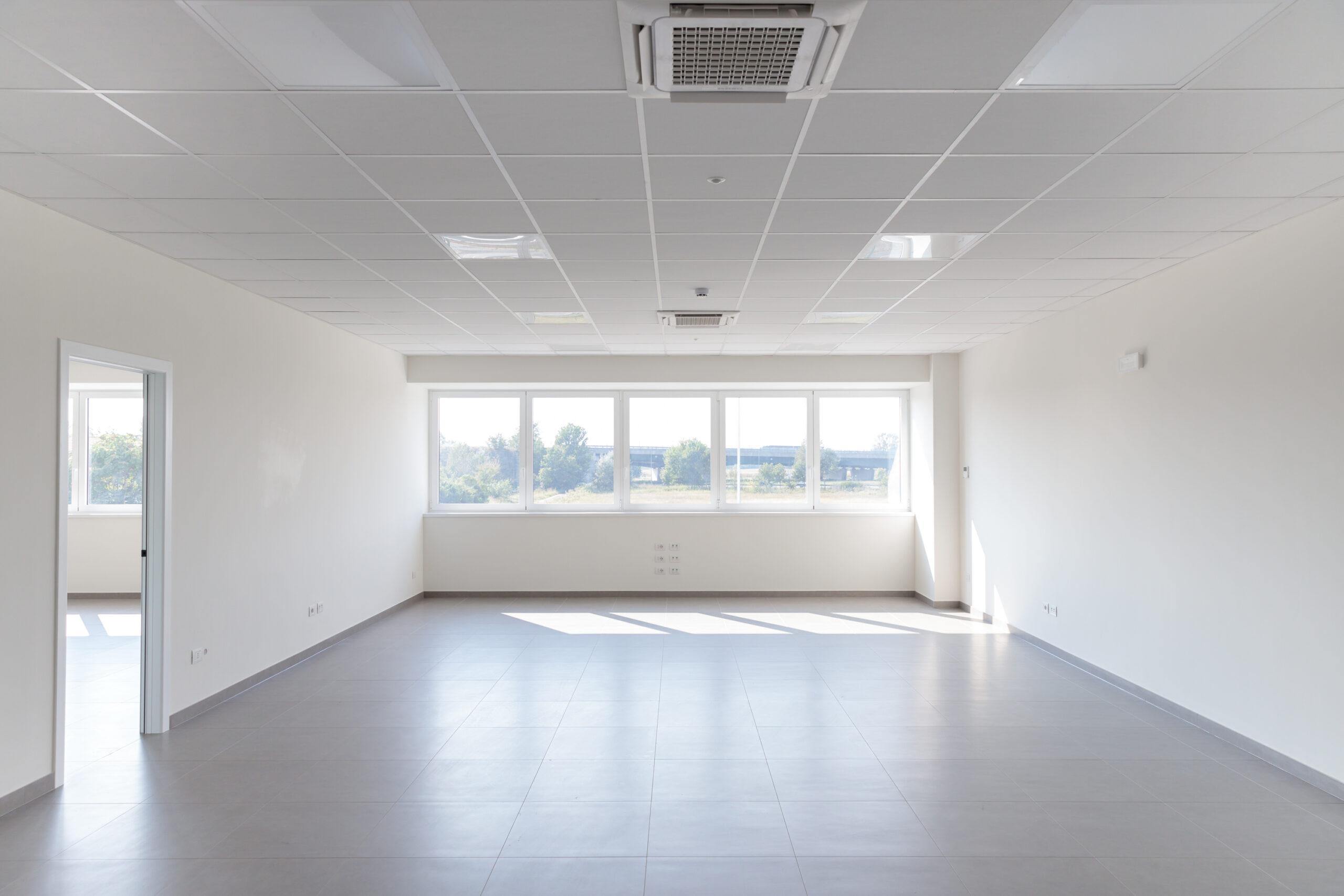 Vista interno uffici magazzino logistico - CARLYLE Mesero | SQM Real Estate miglior agenzia immobiliare per aziende industria terreni logistica sviluppo immobiliare